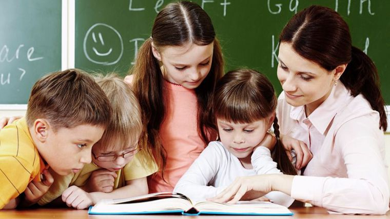 Convocadas 1.400 plazas de maestro para todas las especialidades