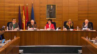 La alcaldesa de Pozuelo cesa a Adolfo Fernández Maestre por su relación con el caso Púnica