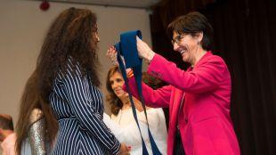 Pérez Quislant felicita a los alumnos del colegio San Luis de Franceses que se gradúan