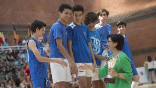Los participantes en los Juegos Deportivos Municipales celebran su fin de temporada