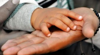 Ayudas a familias que acojan menores y a personas con discapacidad