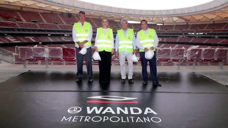 Cifuentes califica el futuro estadio del Atlético como un nuevo icono de Madrid