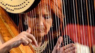 """La """"Dama del Arpa"""" ofrece un recital benéfico a favor del Hogar Don Orione"""
