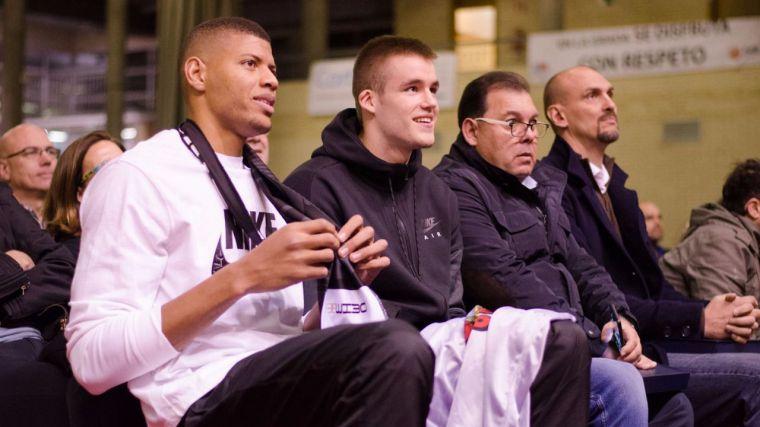 Dino Radoncic y Walter Tavares celebraron con el C.D. Instituto Veritas su presentación de la temporada