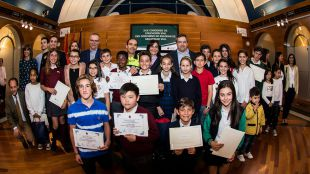 El Ayuntamiento premia a los escolares de la ciudad por sus trabajos sobre educación y seguridad vial