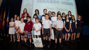 Los escolares de Primaria reciben sus premios del concurso escolar de Poesía, Ilustración y Declamación Gerardo Diego