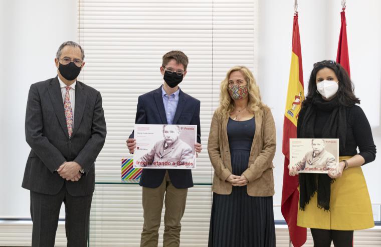 Un alumno del Colegio San José de Cluny, ganador del concurso Interpretando a Galdós organizado por la Comunidad de Madrid