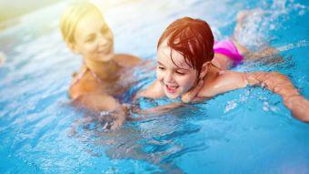 Debemos vigilar a los menores y extremar la precaución para evitar accidentes en las piscinas