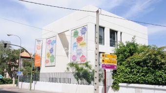 El Cubo Espacio Joven acoge una exposición sobre los carteles publicitarios del Día del Niño