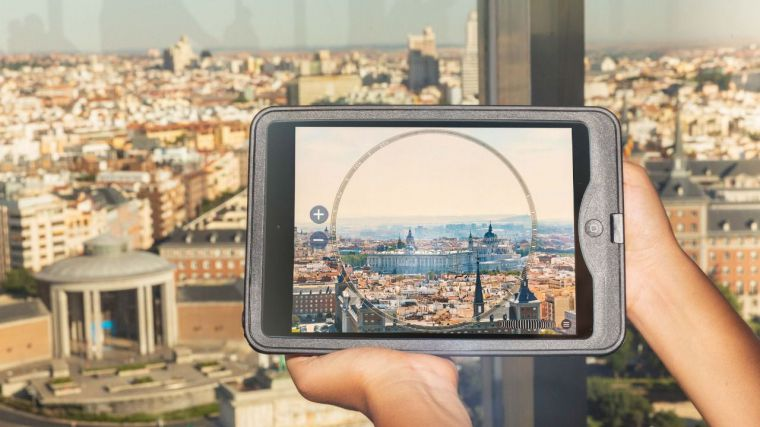 """El Faro de Moncloa se """"convierte"""" en un mirador virtual"""