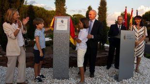 Una glorieta y un parque infantil en Monteclaro recordarán a la cooperante y vecina Lorena Enebral, asesinada en Afganistán