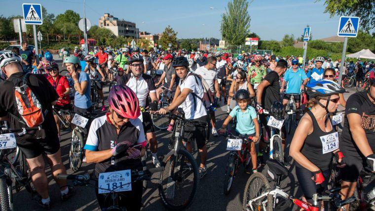 La Fiesta de la Bicicleta de Pozuelo de Alarcón reúne a más de un millar de participantes