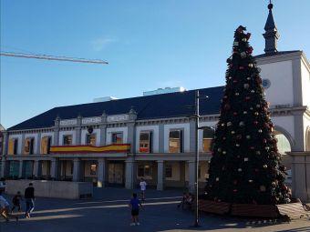 Acto de pegada de carteles e inicio de la campaña electoral de VOX al Ayuntamiento de Pozuelo
