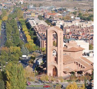 El PSOE vota en contra de la cesión de una parcela pública a la Archidiócesis de Madrid