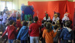"""El Ayuntamiento abre la preinscripción para solicitar plaza en el programa """"Christmas School"""" que se celebrará en tres colegios"""