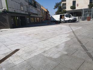 El Ayuntamiento de Pozuelo intensifica la limpieza de las calles y mobiliario urbano de Pozuelo con productos desinfectantes