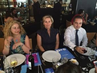 Paloma Martín, Teresa Goya y Luis Fernández en la comida de networking de AMEP