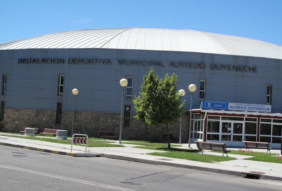 El polideportivo municipal de aravaca ser gratis el for Piscina municipal pozuelo