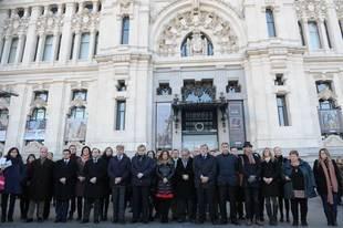 Silencio en Madrid en repulsa por el ataque terrorista a Charlie Hebdo