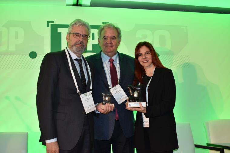 El hospital HLA Universitario Moncloa recibe el premio TOP20 de IASIST en la categoría 'Área Sistema Nervioso'