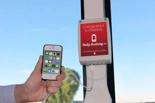 Cargadores para móviles en los autobuses de la EMT