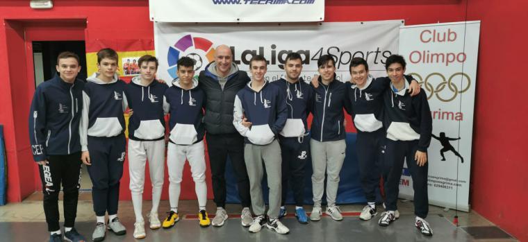 De izq a dcha: A. Luque, Navajas, Moral, Cortés, Ramírez (entrenador), Armada, Gormaz, Martín, Pérez y Marqueta