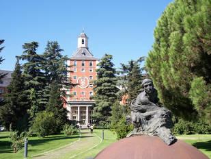 La Comunidad de Madrid aprueba el decreto para bajar un 10% las tasas universitarias