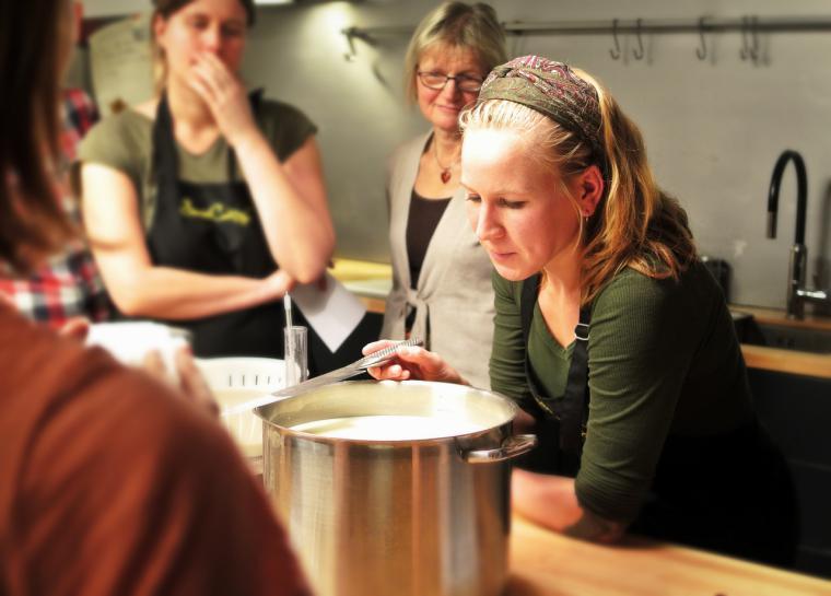 Mujeres en gastronomía firma un acuerdo con Scoolinary