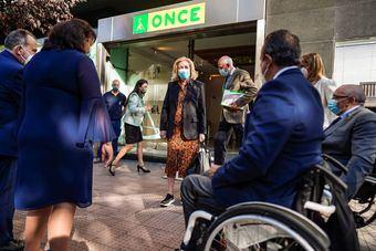 La Comunidad de Madrid contribuye a la participación económica y social de más de 27.000 personas con discapacidad visual en la región