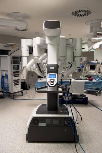 La Unidad Cirugía Robótica de Grupo HLA está en marcha desde hace unos meses