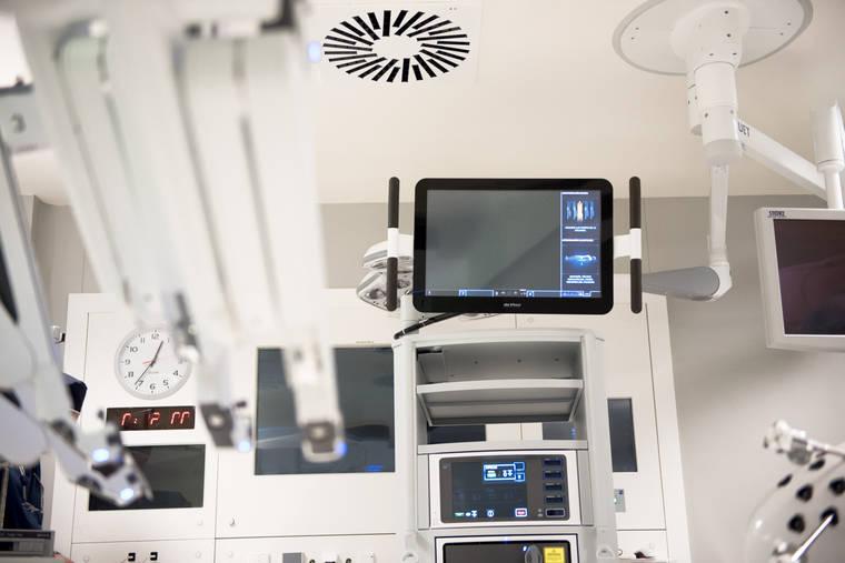 El Hospital Universitario HLA Moncloa dispone del sistema de cirugía robótica más novedoso del mundo