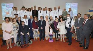 Cifuentes visita el Hospital Puerta de Hierro en el Día Nacional del Donante