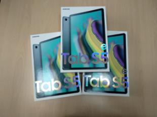 El Ayuntamiento de Pozuelo de Alarcón entrega tablets a menores con mayor vulnerabilidad o riesgo social para que continúen sus estudios