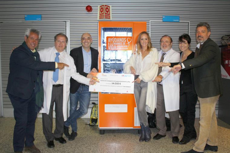 """La Fundación Sandra Ibarra dona 14.015 € al Hospital La Paz a través de su campaña 'Libro Solidario"""""""