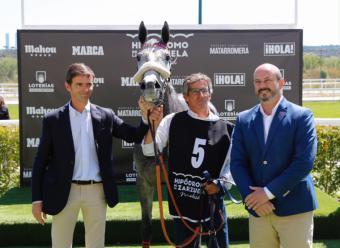 Rollán asiste al Gran Premio Comunidad Madrid de hípica en el hipódromo de la Zarzuela