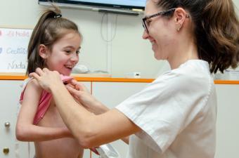 El Hospital Gregorio Marañón desarrolla un programa pionero en rehabilitación de niños con cardiopatías
