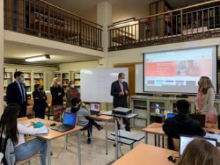 La Comunidad de Madrid pone a disposición de los alumnos más de 20.000 libros y contenidos digitales a través de la nueva biblioteca virtual