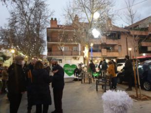 El PSOE-MONCLOA escuchando activamente las reivindicaciones de los vecinos, comerciantes y Plataforma del IES Ana Frank, tras el encendido de las luces en el distrito Moncloa-Aravaca