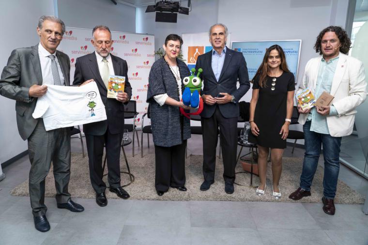 Ruiz Escudero participa en la celebración del X aniversario de la campaña para prevenir lesiones de espalda en escolares