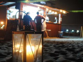 La buena comida, el imprescindible de los chiringuitos de playa según un 70% de los españoles