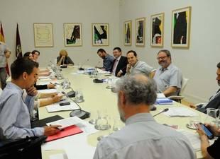 Más de 600.000 euros de ahorro en la primera fase de la remodelación municipal