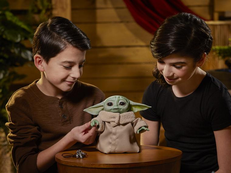The Child Animatronic ('Baby Yoda') de Hasbro, disponible para pre-compra en España