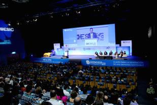 Hoy es Marketing 2015: 12 claves para la mejora de la competitividad y el crecimiento de la economía española