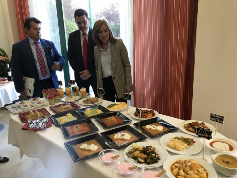 La Comunidad incluye menús texturizados en 13 residencias de mayores de la región