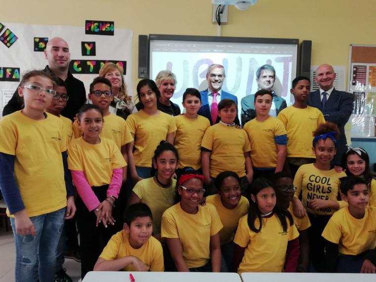 La Comunidad convoca los Premios 'Convive' para luchar contra el acoso escolar en los centros de la región
