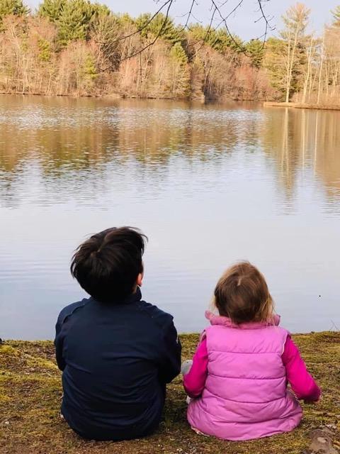 ¿En qué consiste la pedagogía Montessori y Mindfulness en la naturaleza?
