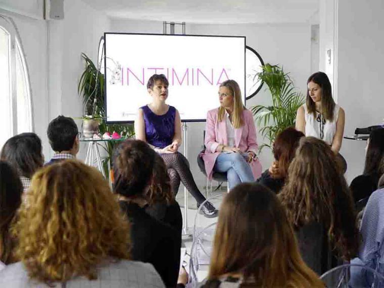 Un 45% de mujeres españolas afirma que existe un tabú en torno a la regla