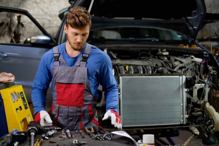¿Cuáles son las ventajas de llevar tu coche a un taller oficial?