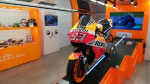La moto de Marc Márquez se podrá ver en Pozuelo de Alarcón hasta el domingo