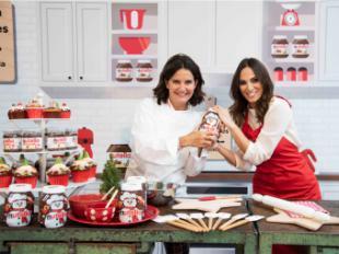 Irene Rosales y Samantha Vallejo-Nágera preparan la navidad cocinando las recetas de Nutella